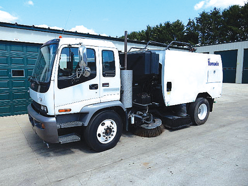 2009 GMC T-7500 for sale in De Forest, WI